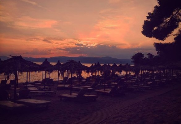 Raj na Zemlji - Plaža Agia Eleni Skiatos