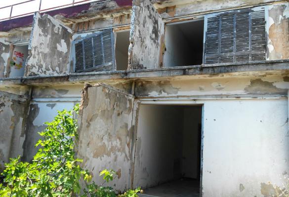 Napušteni Hotel Ksenija Ampelakia Skiatos
