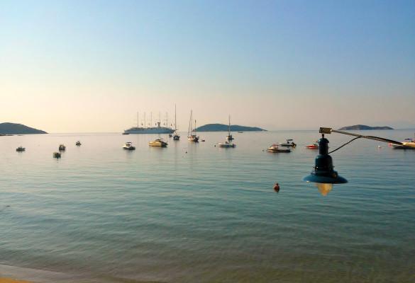 Plaža Megali Amos Skiatos Grčka