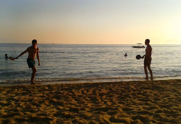 Sport na plaži Vromolimnos Skiatos