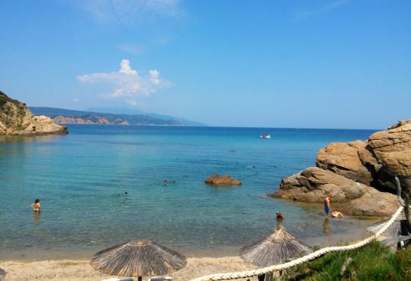 Plaža Krifi Ammos Skiatos Grčka Leto