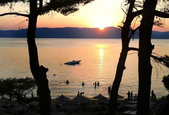 zalazak Sunca na plaži Banana Skiatos